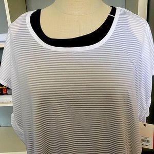 Women's 2 piece workout shirt